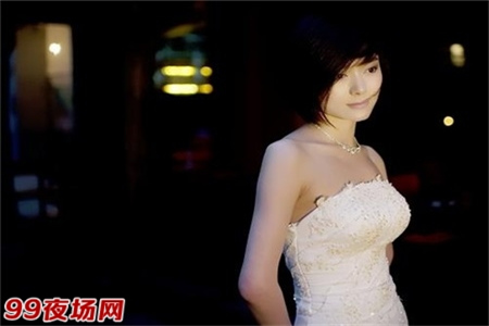 上海浦东新区夜场招聘模特-跟我们让你每天上班2000起步图片展示