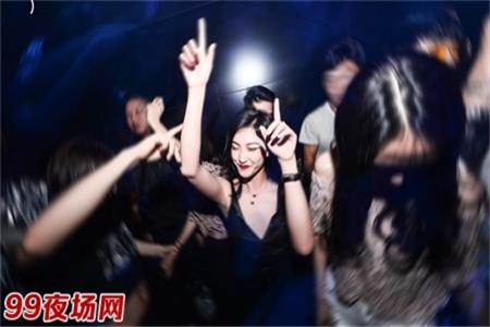 上海高端夜场招聘女孩,生意稳定好上班无压力日结图片展示