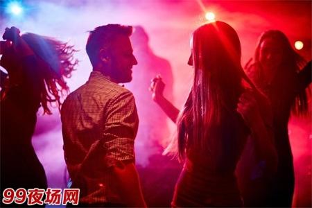 夜场招聘兼职兼职招人!(限女性18-26)供住宿(3000起步)图片展示