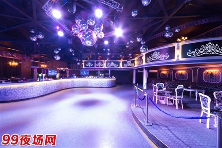 广州天河区豪华夜场招聘女孩兼职,高端平台由你做主。